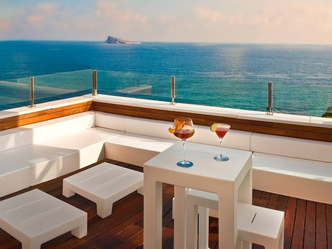 Terraces with sea views Villa Venecia Boutique Hotel Benidorm