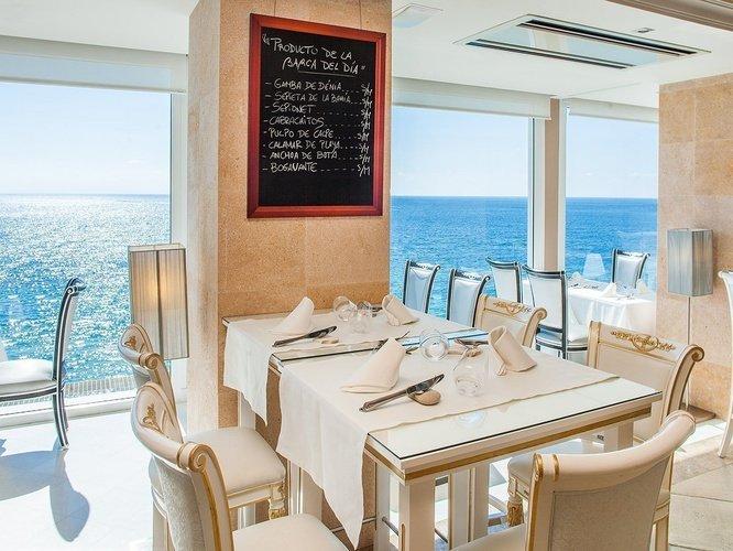 Restaurant gourmet lounge 'llum de benidorm' villa venecia boutique hotel