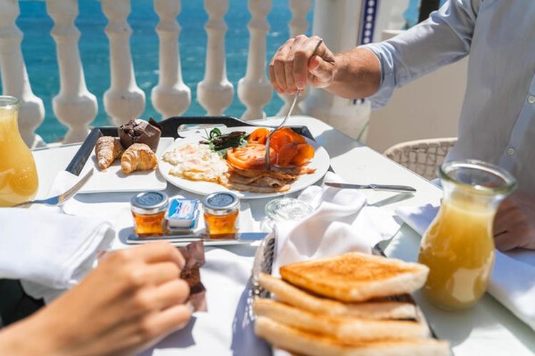 Breakfast villa venecia boutique hotel benidorm