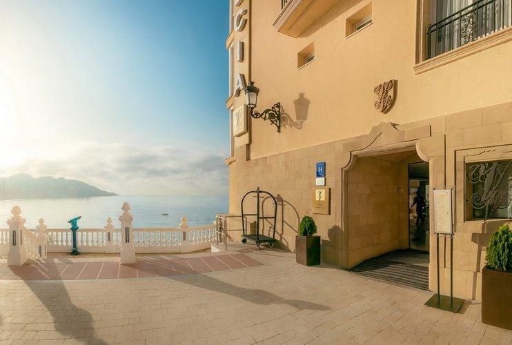 Facade villa venecia boutique hotel benidorm