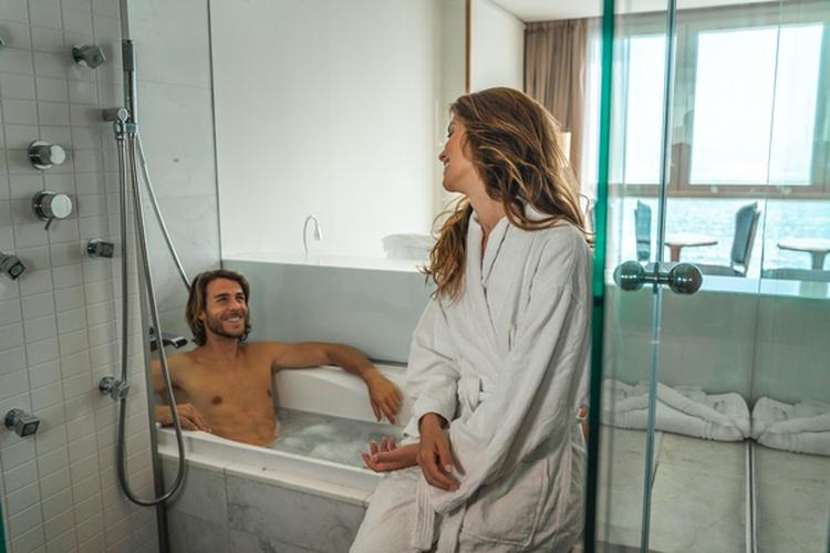 Bathroom villa venecia boutique hotel benidorm