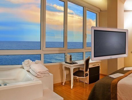 Jacuzzi yacht club 'sea view' villa venecia boutique hotel benidorm